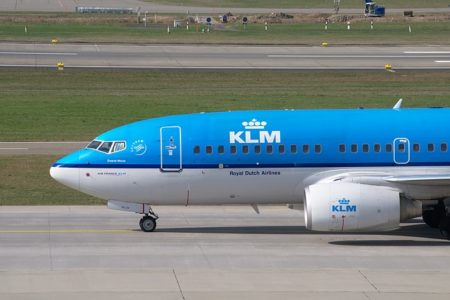 KLM : Réinvention du « Space Invaders »