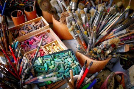 Créer une carrière artistique : par où commencer ?